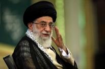 Aiatolá Ali Khamenei considera medida uma violação do acordo nuclear