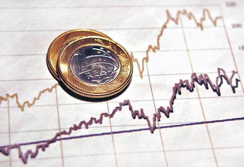 No mês, as exportações somam US$ 6,067 bilhões