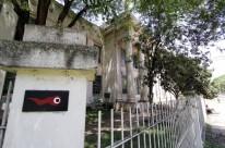 Prédio, que é patrimônio histórico, apresenta problemas estruturais