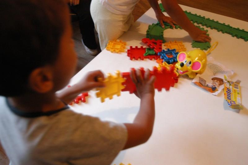 Pretendentes que residem no País têm a preferência, por isso conseguem adotar crianças mais novas