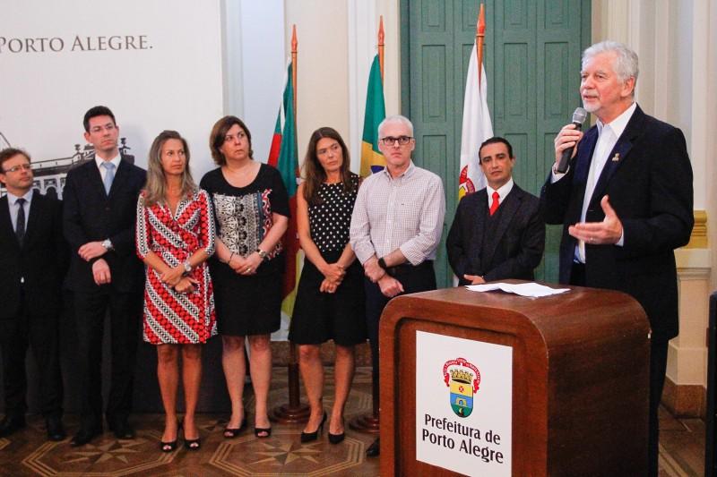 Fortunati (d) sustenta que diálogo ajudará a reduzir 'cultura do conflito'