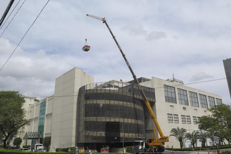 Após consertar os estragos, Shopping Praia de Belas vai retomar suas atividades hoje