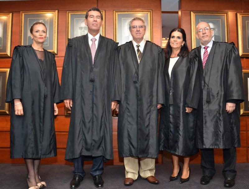 Iris, Zietlow, Difini, Maria Isabel e Franz assumiram o TJRS para o biênio 2016/2017