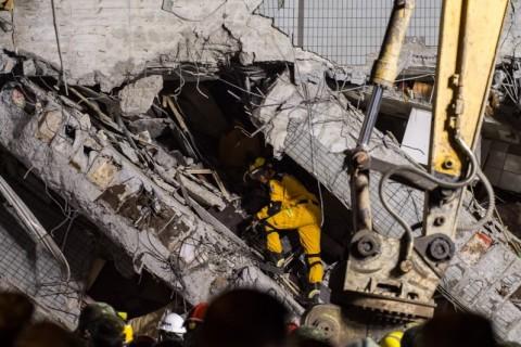 Terremoto em Taiwan deixa pelo menos sete mortos e centenas de feridos