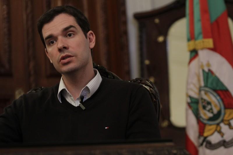 Márcio Biolchi prometeu a centrais sindicais o envio do projeto