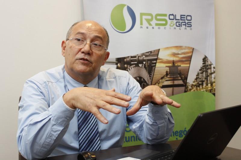 Interesse é excelente para a cadeia da indústria do petróleo, diz Corrêa