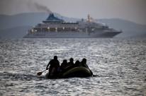 Objetivo não seria deter refugiados, mas combater o tráfico de pessoas