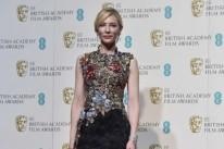 Cate Blanchett sobressaiu-se com um modelo cheio de referências e efeitos, sem ser redundante