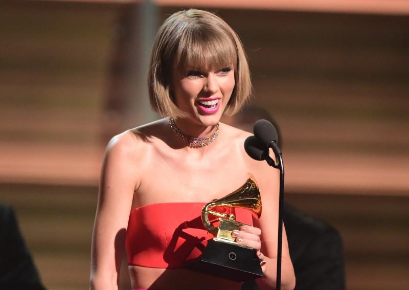 Taylor Swift é a primeira mulher a vencer duas vezes na categoria melhor álbum pop