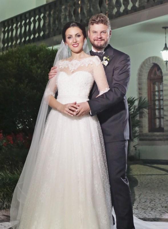 Roberta Castellan e César Augusto Curra casaram-se em Flores da Cunha