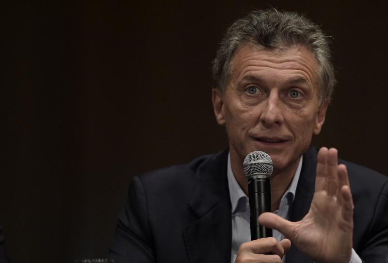 Macri lança plano para tornar o governo argentino mais transparente