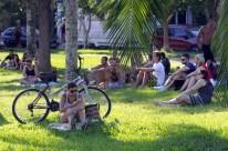 Domingo de sol atraiu frequentadores aos parques em Porto Alegre