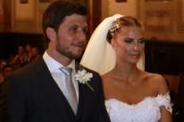 Os noivos Klaus Giacobbo Riffel e Giovana Walper Duval