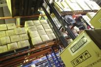 Produção industrial tem forte queda em maio