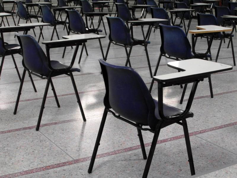 Com redução de matrículas e afastamentos de docentes, Seduc trabalha para reorganizar programa