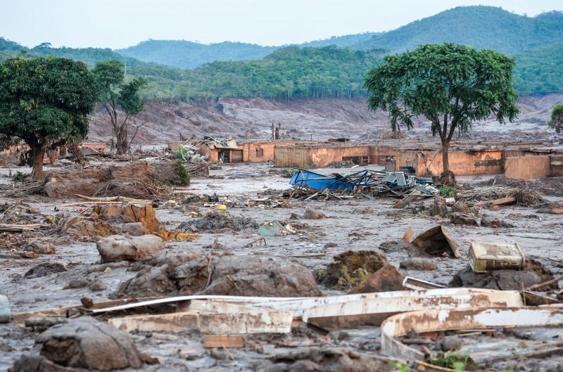 Nos próximos três anos, a empresa destinará R$ 4,4 bilhões para compensar os prejuízos sociais, ambientais e econômicos da tragédia