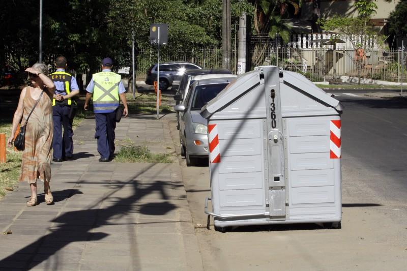 Mais 520 contêineres de resíduos domiciliares serão instalados em Porto Alegre entre sexta e segunda