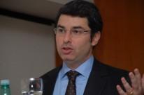 Segundo Haddad, governos têm procurado fazer caixa e sanar dívidas com o aumento da carga tributária