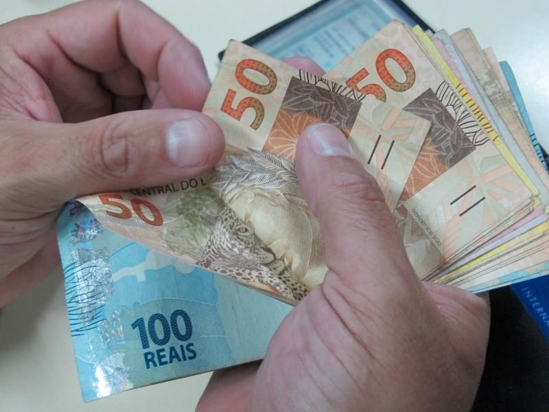 Resultado de imagem para Diário Oficial da União publica decreto com o novo salário mínimo de R$ 937