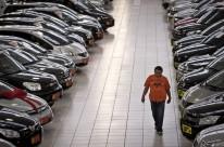 Venda de veículos, motos e peças apresentou retração de 19%