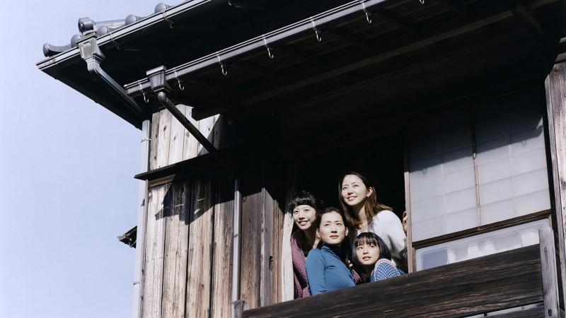 Filme Nossa irmã mais nova é baseado em mangá japonês