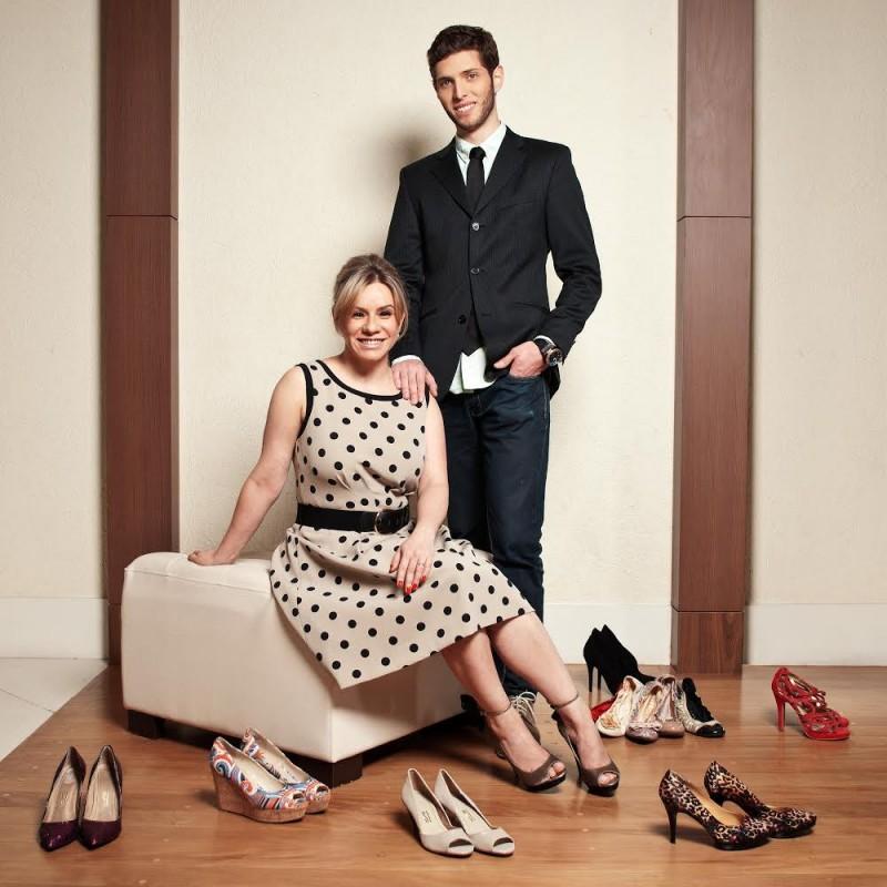 Tânia e Kray são sócios na empresa que foca em pessoas de pés pequenos