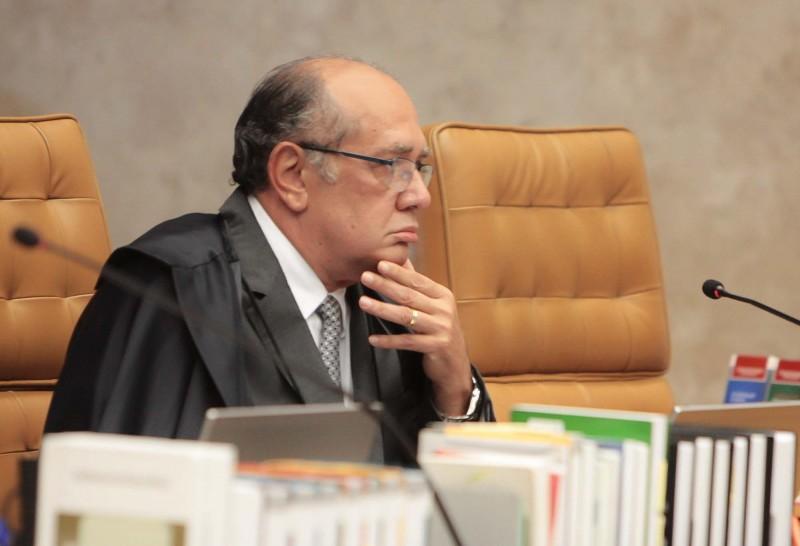 'É um verdadeiro estupro constitucional', afirma Gilmar Mendes