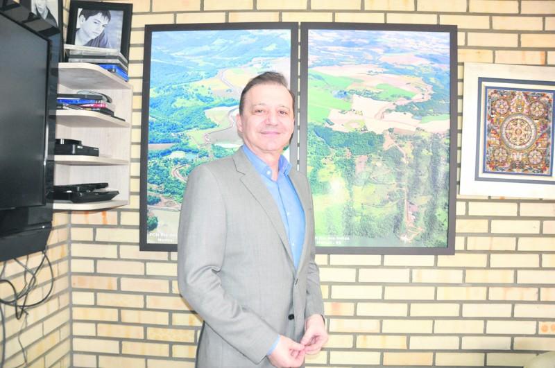 Balestreri manifestou intenção de participar de certame neste semestre