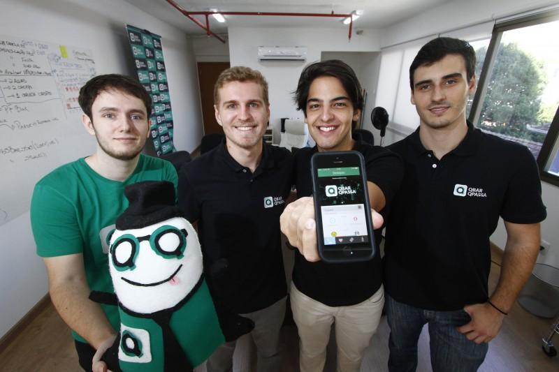 Pilla, Ferreira, Duarte e Wagner são criadores do Q Bar Q Passa