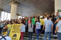 Em Porto Alegre, manifestação ocorreu em frente à sede da Justiça Federal, no bairro Praia de Belas
