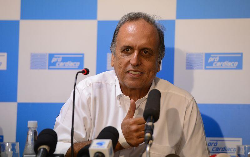 Governador do Rio fala de tratamento contra câncer