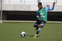 Com boa atuação sobre o Passo Fundo, Fernandinho pode deixar o clube