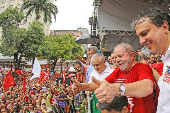 Lula participou de ato hoje em Fortaleza