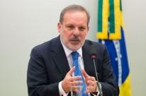 Ministro critica sistema tributário