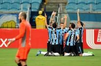 Geromel, Bobô, Giuliano e Pedro Rocha marcaram os gols gremistas