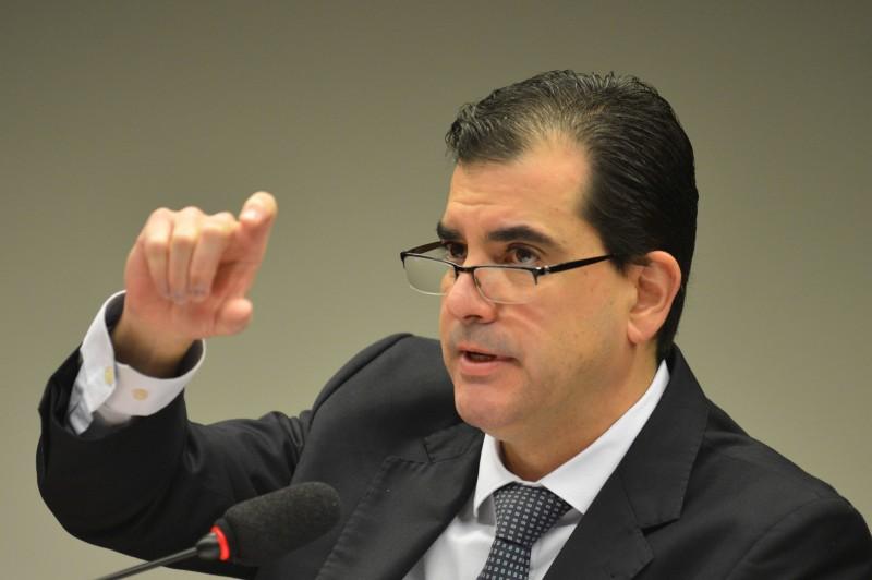 Meirelles fez crítica velada a medidas de estímulo ao crédito