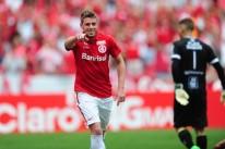 Aylon, revelado pelo Leão do Parque, marcou o segundo gol colorado