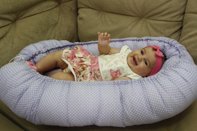 Entrevista com Renata Fraga, confecciona o Ninho Baby (ninhos para recém-nascidos)    na foto:  Maite ( 4 meses ) , filha de Renata Fraga