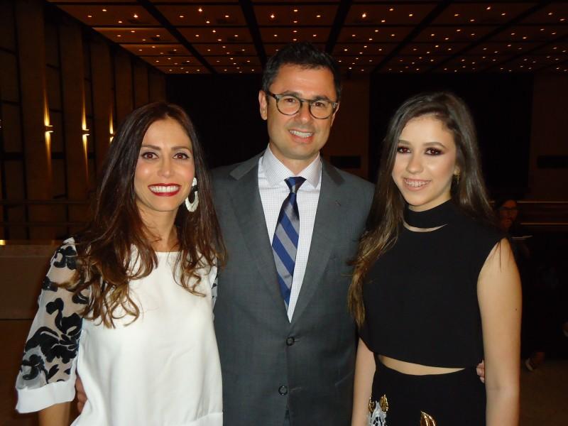 Juliana Souto com Carlos Souto e Catarina Pilla de Oliveira Souto, na Casa NTX