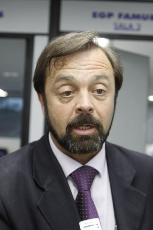 Presidente Luiz Carlos Folador diz que crise política agrava situação