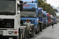 Bloqueio de rodovias com veículos teria sido para punir caminhoneiros por protesto