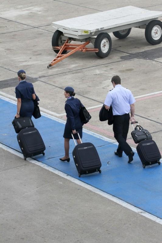 Salários pagos pelas empresas internacionais são forte atrativo para tripulantes nacionais