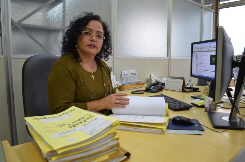 Procuradora Karla Schirmer diz que negociação só pode ser feita com titularidade regular