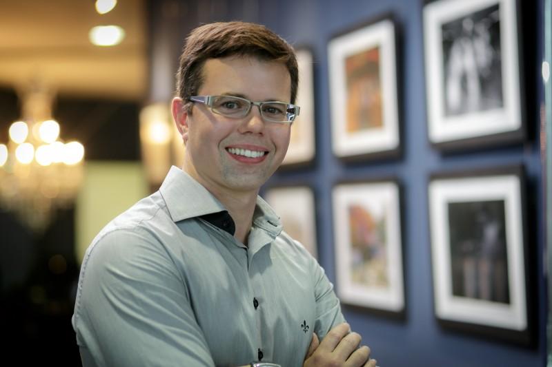 Ronaldo Cavalheri é Coaching de Negócios Criativos e Diretor Geral do Centro Europeu