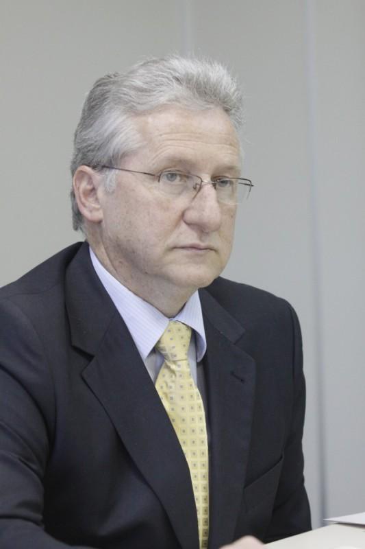 Breda destaca que mais de 500 mil declarações emitidas por ano