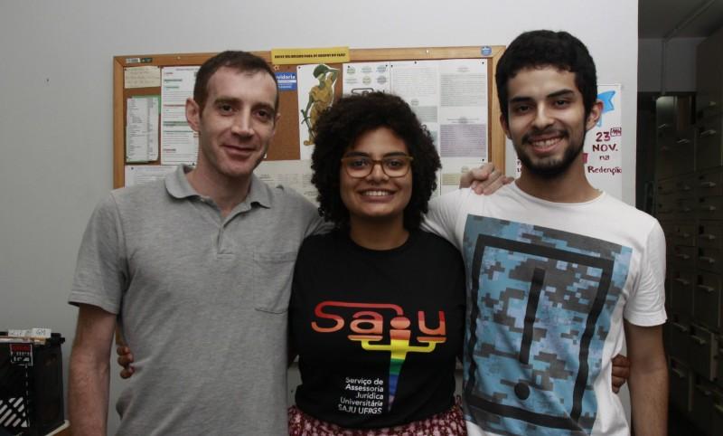Pavelecini, Jéssica e Sampaio coordenam núcleo discente do serviço de assistência na Ufrgs