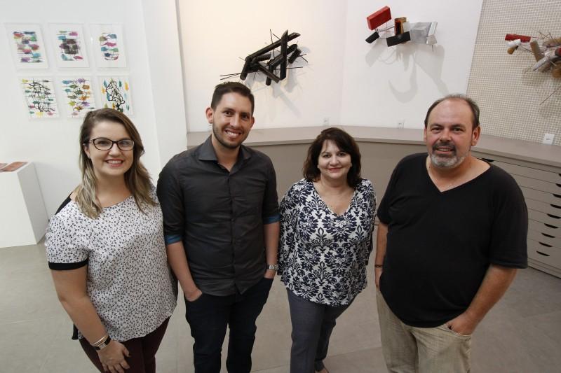 Marla Trevisan, Márcio Tavares, Ana Zavadil e Ricardo Giuliani formam  equipe do LabART 760