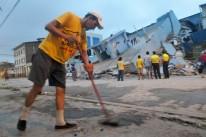 Terremoto de 7,8 graus atingiu a costa central do Equador