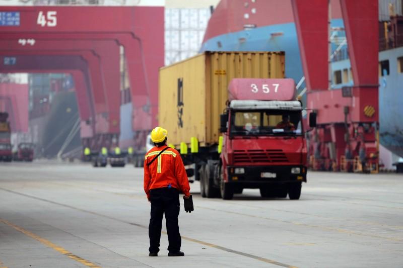 Menor dinamismo da China afeta países dependentes da exportação