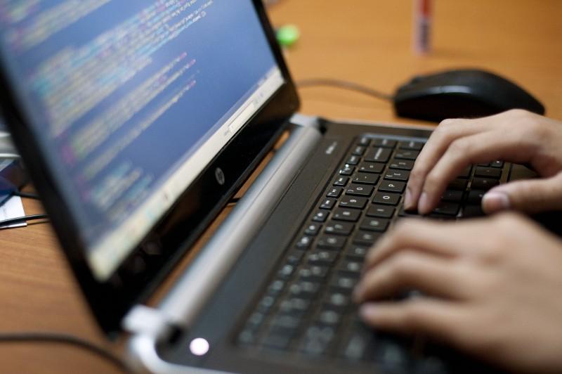 Rotina criptográfica ao receber senha é prática mínima de segurança
